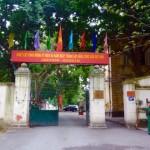 Hanoi - Bewaffnete Wächter überall